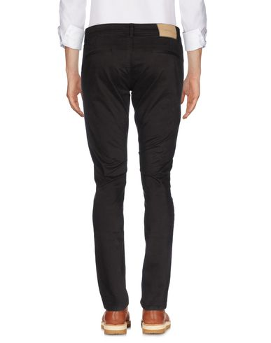 Фото 2 - Повседневные брюки от SIVIGLIA темно-коричневого цвета