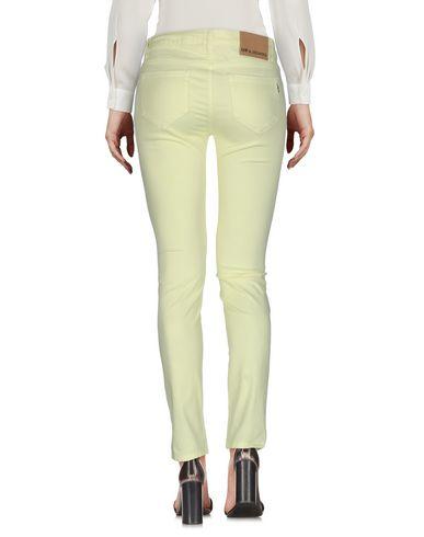 Фото 2 - Повседневные брюки от UP ★ JEANS желтого цвета
