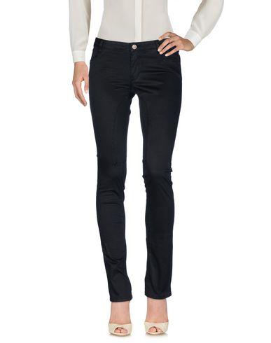 Фото - Повседневные брюки от SIVIGLIA черного цвета