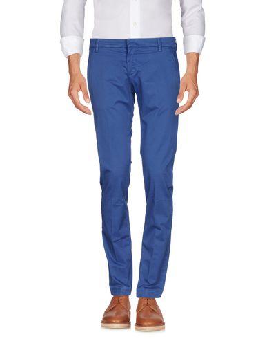 Фото - Повседневные брюки от MICHAEL COAL пастельно-синего цвета