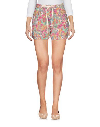 Фото - Повседневные шорты от DOUUOD цвета фуксия