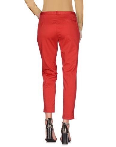 Фото 2 - Повседневные брюки от FABIANA FILIPPI красного цвета