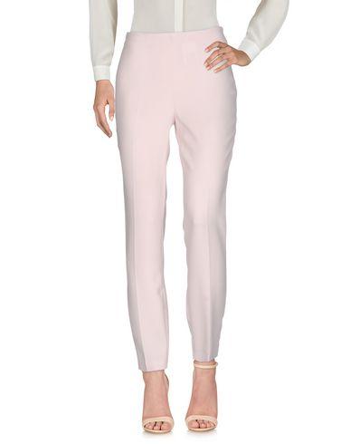 Фото - Повседневные брюки от CRISTINAEFFE светло-розового цвета