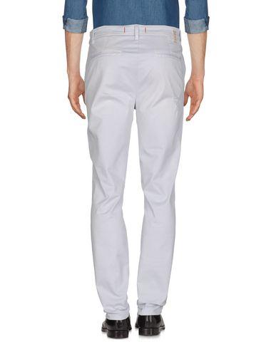 Фото 2 - Повседневные брюки от LIU •JO MAN светло-серого цвета