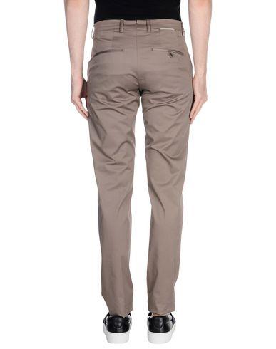 Фото 2 - Повседневные брюки от BERWICH серого цвета