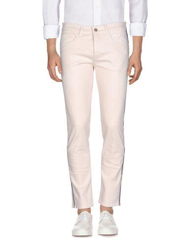 Фото - Джинсовые брюки от PENCE бежевого цвета