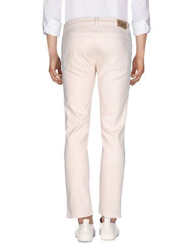 Фото 2 - Джинсовые брюки от PENCE бежевого цвета