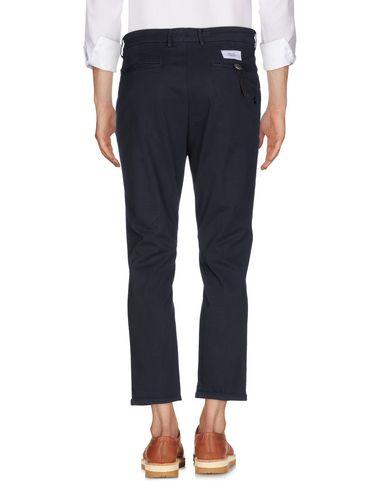 Фото 2 - Повседневные брюки от THE EDITOR темно-синего цвета