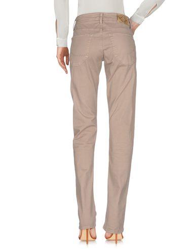 Фото 2 - Повседневные брюки от SIVIGLIA DENIM бежевого цвета