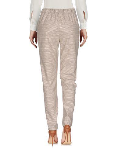 Фото 2 - Повседневные брюки от E/KOLLINS бежевого цвета
