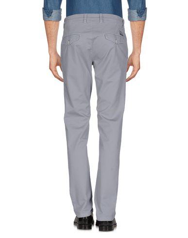 Фото 2 - Повседневные брюки от POWELL серого цвета
