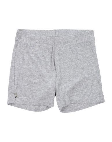 Фото - Повседневные шорты серого цвета