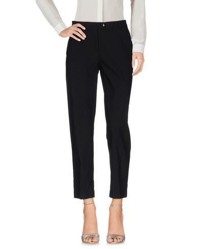 Фото - Повседневные брюки от TWINSET черного цвета