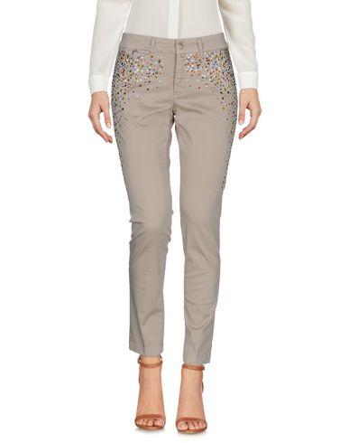 Фото - Повседневные брюки от KUBERA 108 бежевого цвета