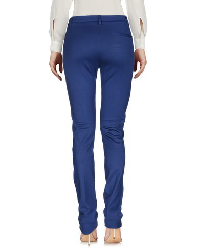 Фото 2 - Повседневные брюки от METRADAMO синего цвета