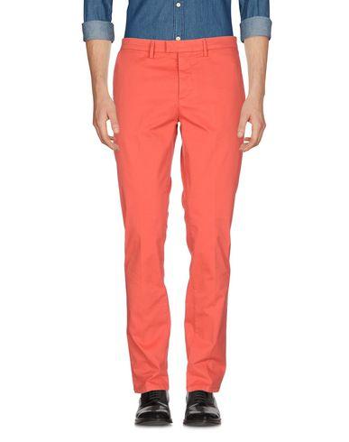 Фото - Повседневные брюки от HAIKURE кораллового цвета