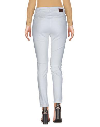Фото 2 - Повседневные брюки от MICHAEL COAL цвет слоновая кость