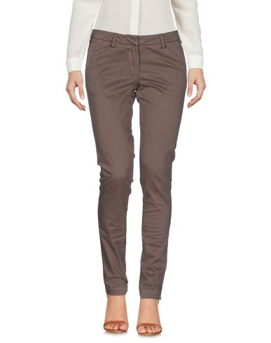 Фото - Повседневные брюки от VERYSIMPLE цвета хаки
