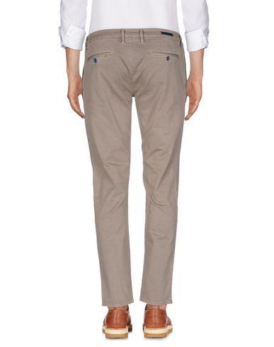 Фото 2 - Повседневные брюки от SIVIGLIA цвета хаки