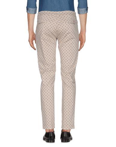 Фото 2 - Повседневные брюки от DIRTYPAGE светло-серого цвета
