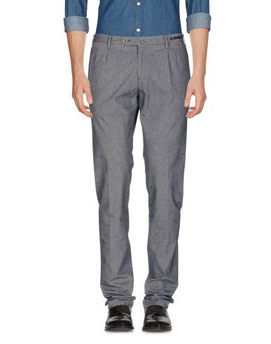 Фото - Повседневные брюки от PT01 серого цвета