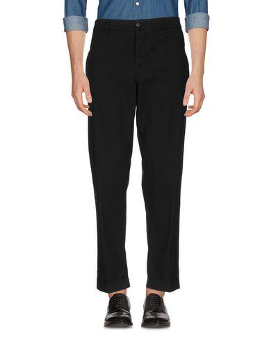 Фото - Повседневные брюки от ASPESI черного цвета
