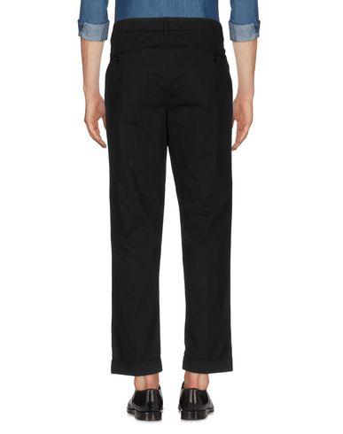 Фото 2 - Повседневные брюки от ASPESI черного цвета