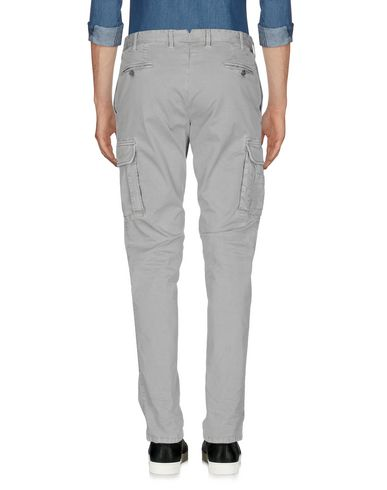 Фото 2 - Повседневные брюки от PT01 серого цвета