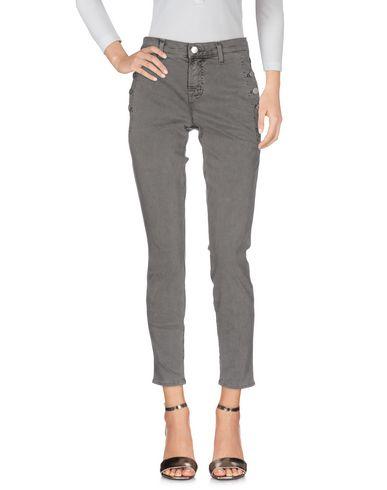 Фото - Джинсовые брюки свинцово-серого цвета
