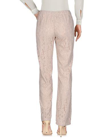 Фото 2 - Повседневные брюки от LUCKYLU  Milano бежевого цвета