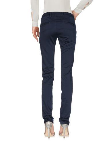 Фото 2 - Повседневные брюки от 9.2 BY CARLO CHIONNA темно-синего цвета