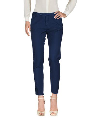 Фото - Повседневные брюки от MICHAEL COAL темно-синего цвета