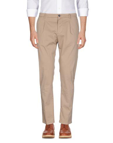 Купить Повседневные брюки от LOW BRAND цвет песочный