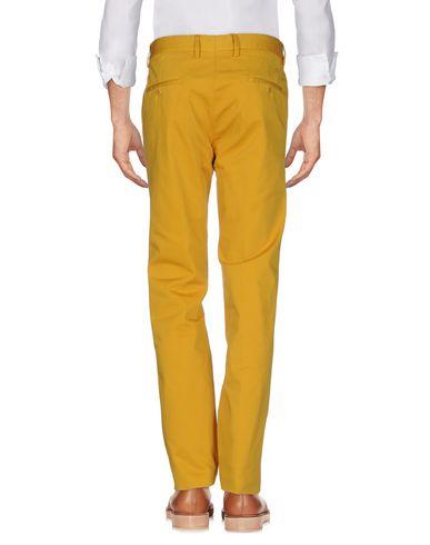 Фото 2 - Повседневные брюки от ASPESI цвет охра