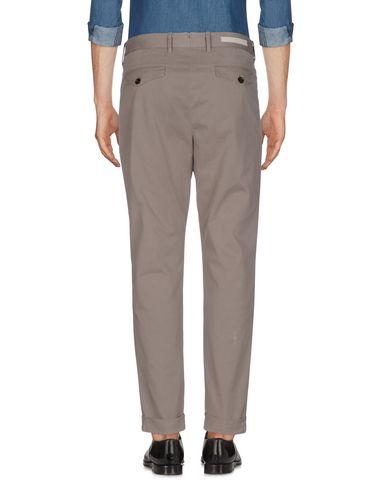 Фото 2 - Повседневные брюки от ELEVENTY цвет голубиный серый