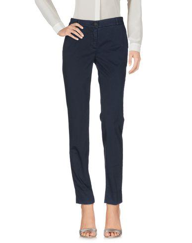 Фото - Повседневные брюки от UP ★ JEANS темно-синего цвета