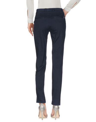 Фото 2 - Повседневные брюки от UP ★ JEANS темно-синего цвета