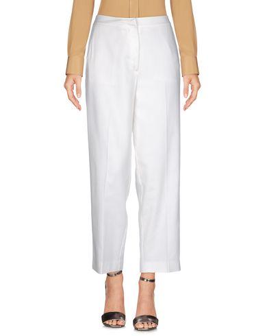 Фото - Повседневные брюки от BLUE LES COPAINS белого цвета
