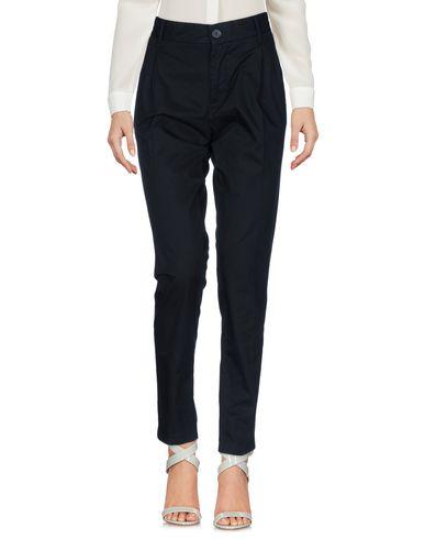 Imagen principal de producto de DIESEL - PANTALONES - Pantalones - Diesel