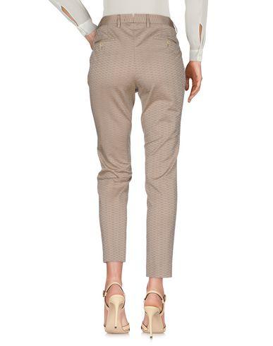 Фото 2 - Повседневные брюки от PT01 цвета хаки