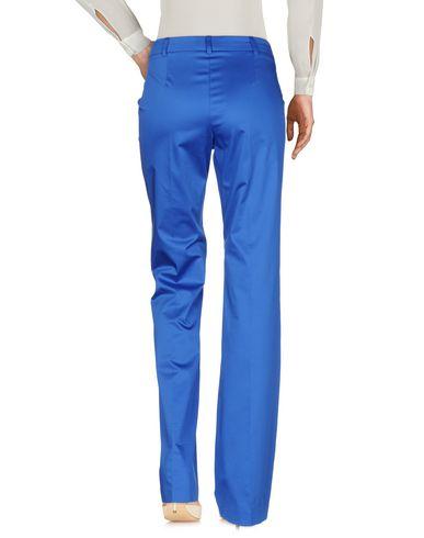 Фото 2 - Повседневные брюки ярко-синего цвета