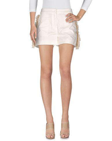 Фото - Повседневные шорты от THE EDITOR белого цвета