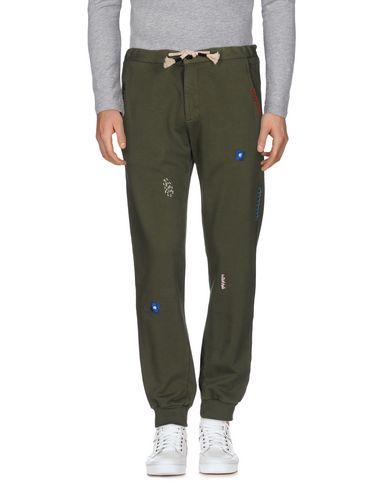 Фото - Повседневные брюки от THE EDITOR цвет зеленый-милитари