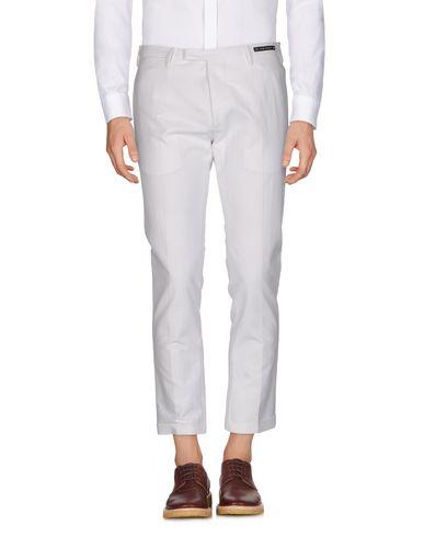 Фото - Повседневные брюки от PT01 GHOST PROJECT белого цвета