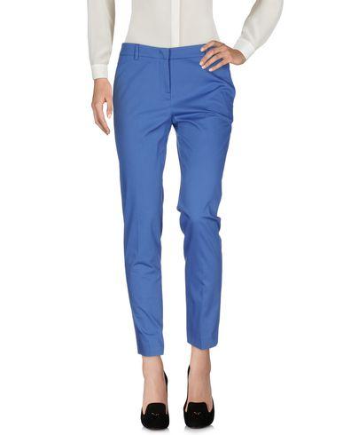 Фото - Повседневные брюки от QL2  QUELLEDUE синего цвета