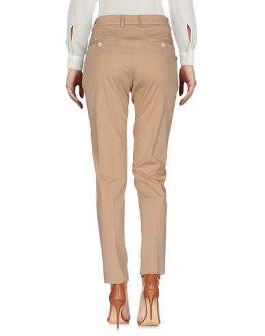 Фото 2 - Повседневные брюки от QL2  QUELLEDUE цвет верблюжий