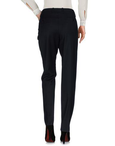 Фото 2 - Повседневные брюки от INCOTEX черного цвета