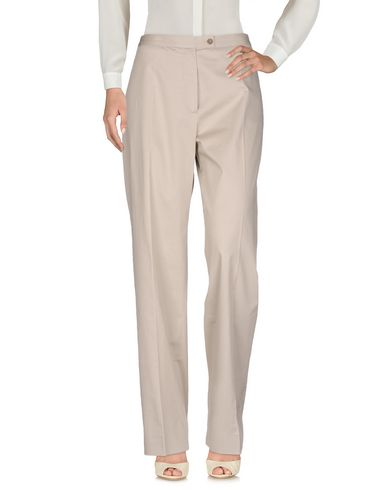 Фото - Повседневные брюки от METRADAMO светло-серого цвета