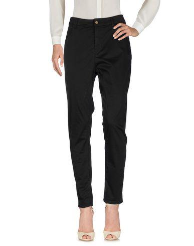 Фото - Повседневные брюки от MANILA GRACE DENIM черного цвета