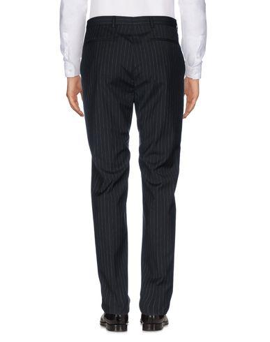 Фото 2 - Повседневные брюки от 57 T черного цвета